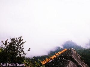 The conquer of Bach Moc Luong Tu Peak