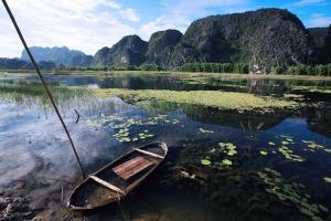 Discover Trang An Landscape Complex
